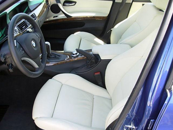 white leather seats in a 335i. Black Bedroom Furniture Sets. Home Design Ideas