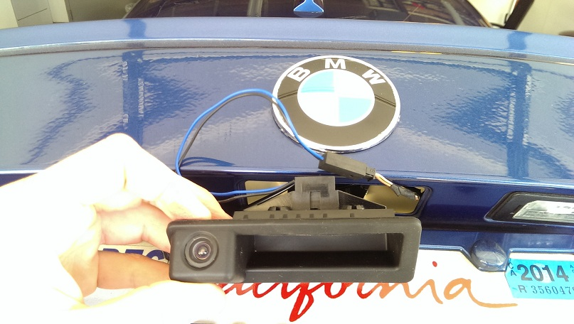DIY: $130 Rear View Camera with OEM integration (vendors will hate me)~