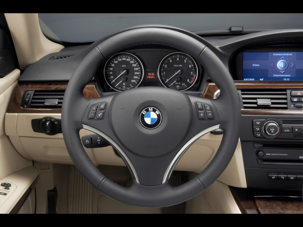 e92 sport steering wheel to m sport steering wheel question. Black Bedroom Furniture Sets. Home Design Ideas