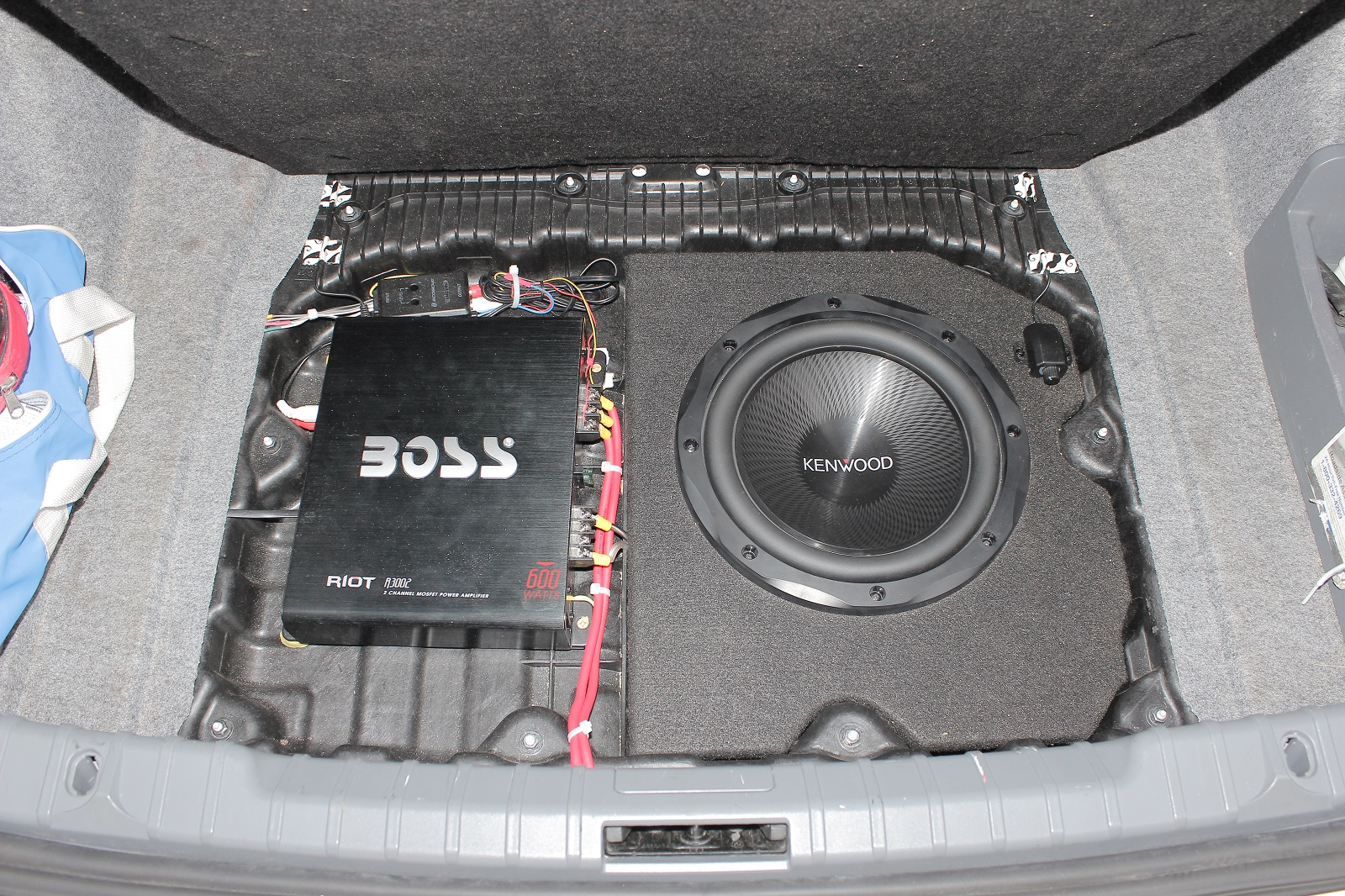 Bmw E90 Trunk Compartment Enclosure