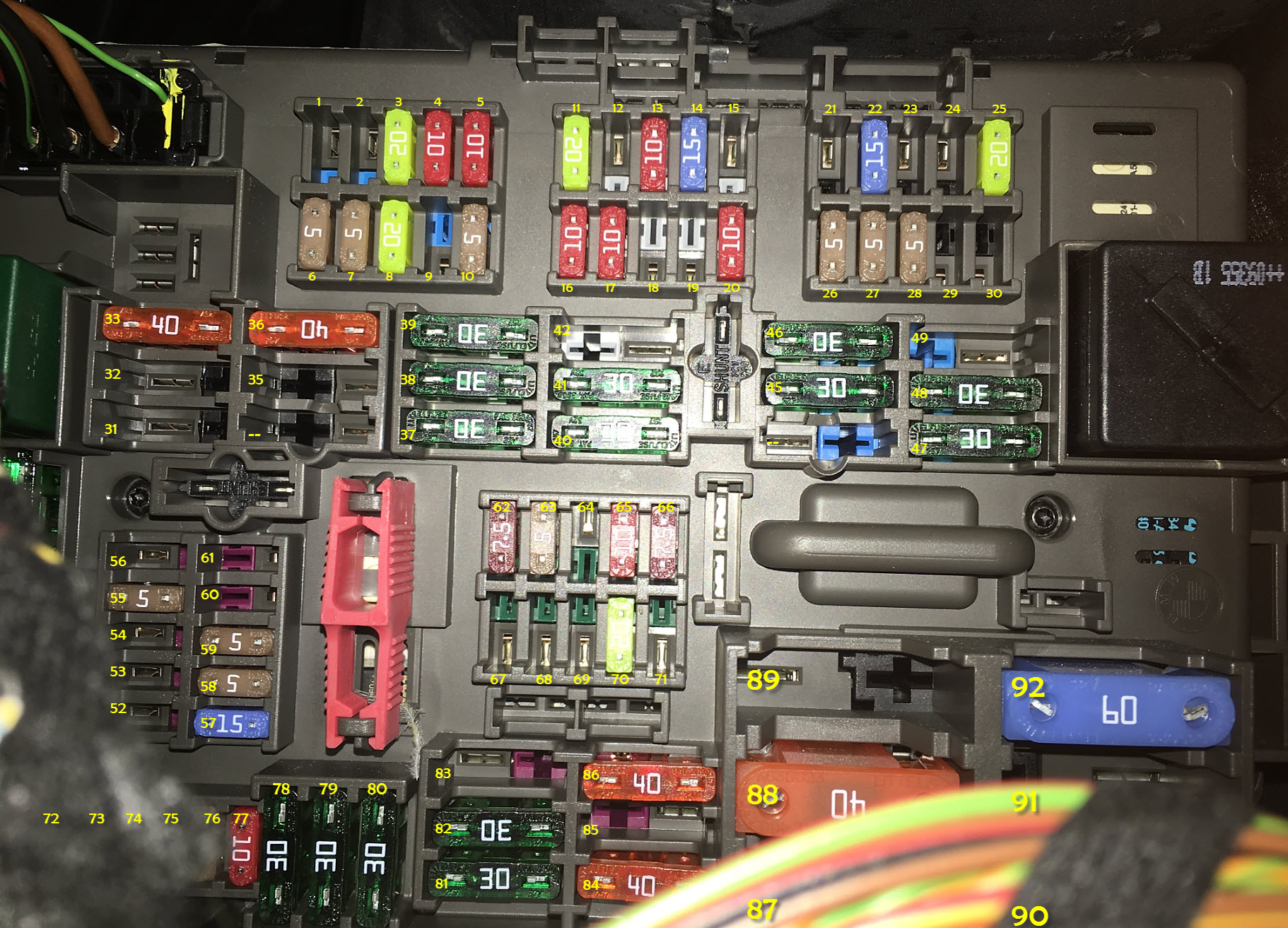 Fuse Box Bmw E92 : Where is fuses e autos post