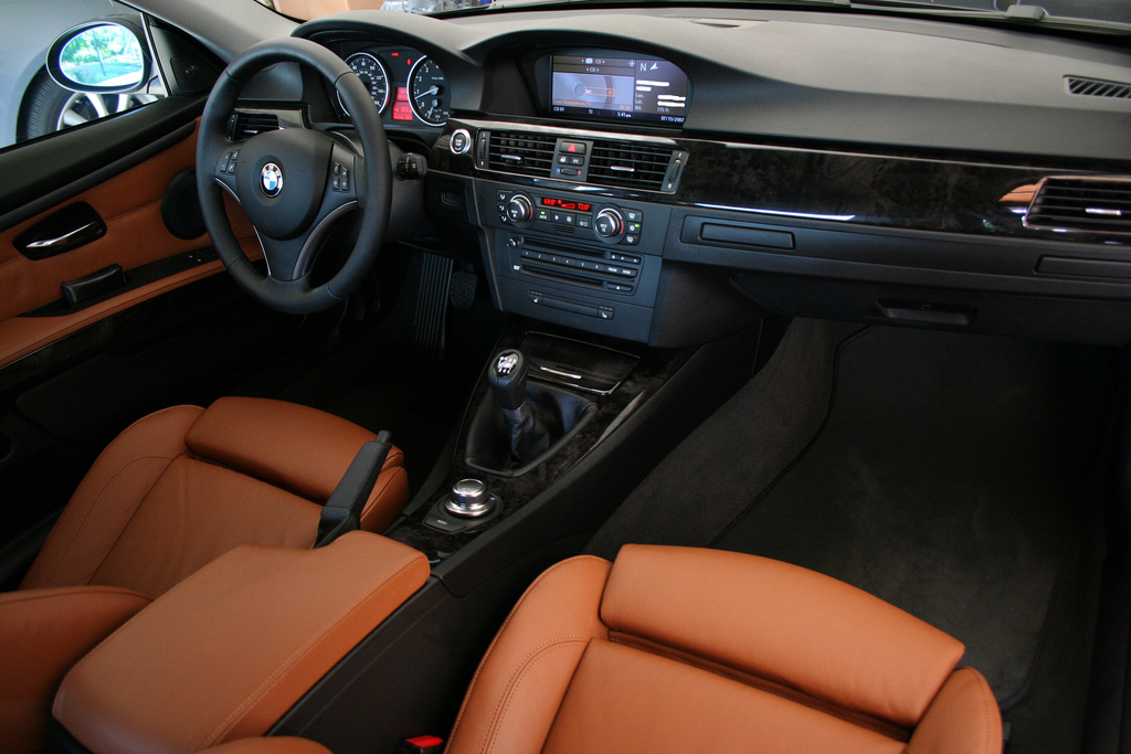 2008 BMW 335Xi >> 335xi coupe - color and package options..