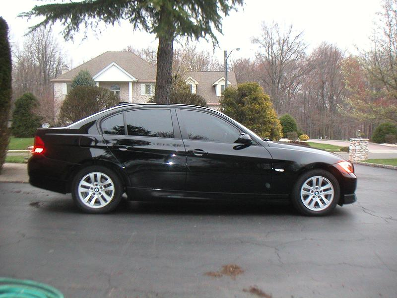 Feeler- 2006 BMW 325i sedan 6MT Blk/Blk (NJ)