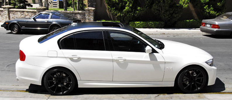 Alpine White E90 S With Black Roofs