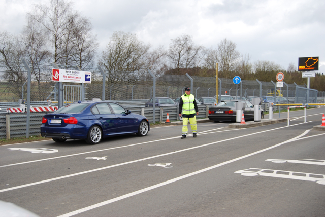 Review of 2011 E90 LCI 335d M-Sport on the Nürburgring - BMW