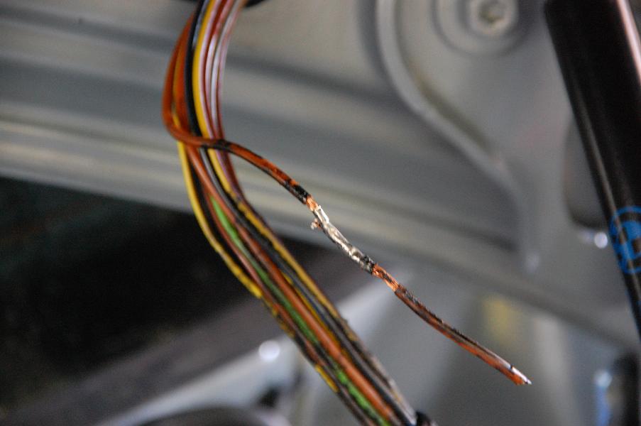 E90 Outlet Fuse Autos Post
