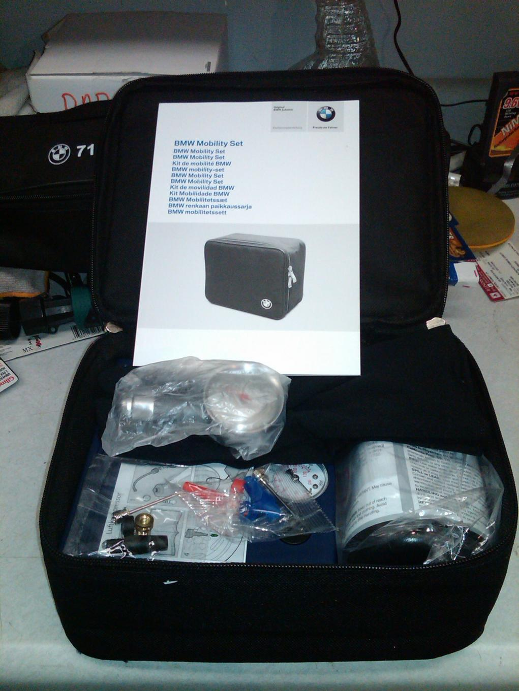 fs oem bmw mobility set inflation kit sold. Black Bedroom Furniture Sets. Home Design Ideas