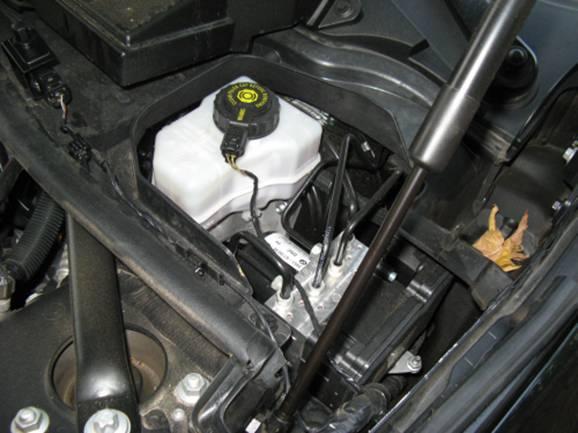 where is brake fluid reservoir