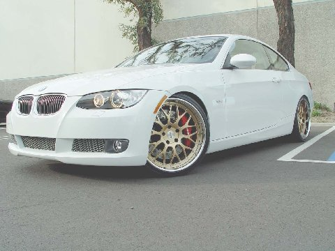 White 335i Coupe With Gold Dpe Wheels Amp Bbk 6speedonline Porsche Forum And Luxury Car Resource