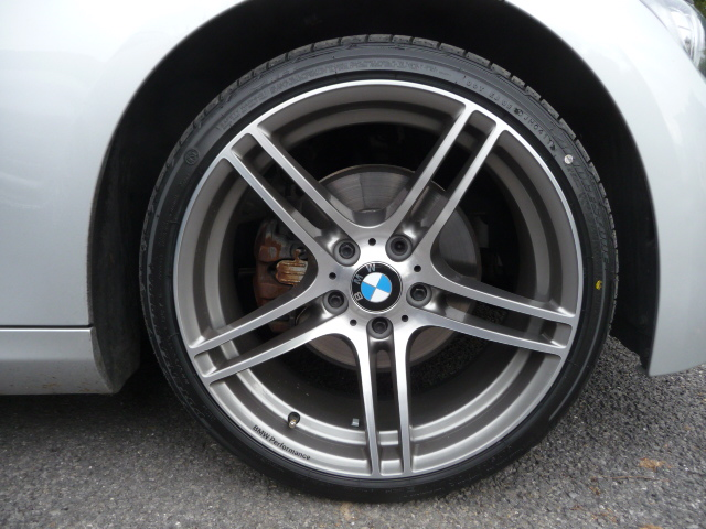 19 Quot 313 Bmw Performance Alloy Wheels With Bridgestone Tyres Only 60 Miles Done