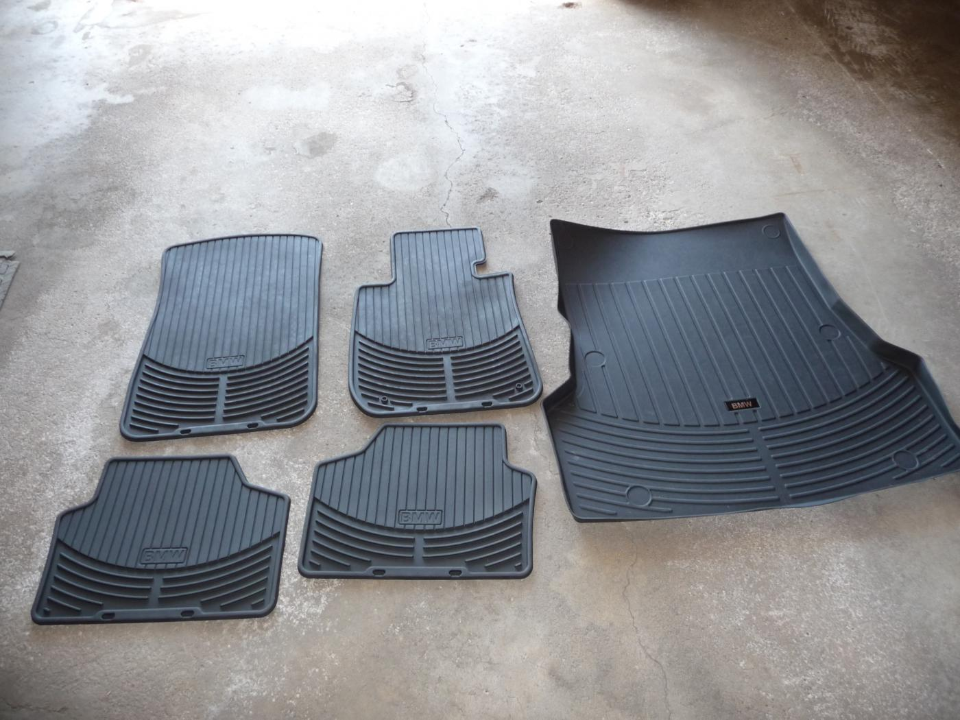Bmw floor mats x1 - Attached Images