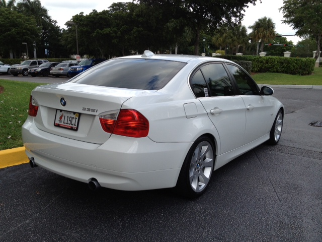 2007 bmw 335i sedan white sport package w extended bmw. Black Bedroom Furniture Sets. Home Design Ideas