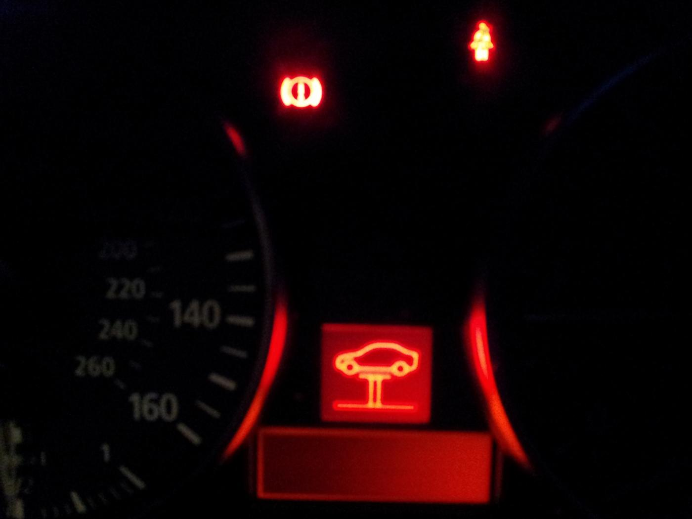 Red Warning Lights In Dasht Sure What It Means Pls Help