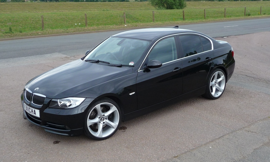 for sale 2005 bmw e90 330i auto black with loads of extras. Black Bedroom Furniture Sets. Home Design Ideas