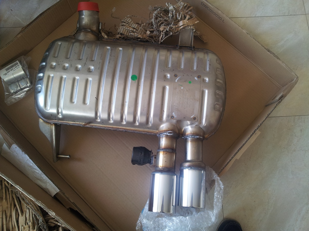 BMW Performance Exhaust with Pics for my N53 motor