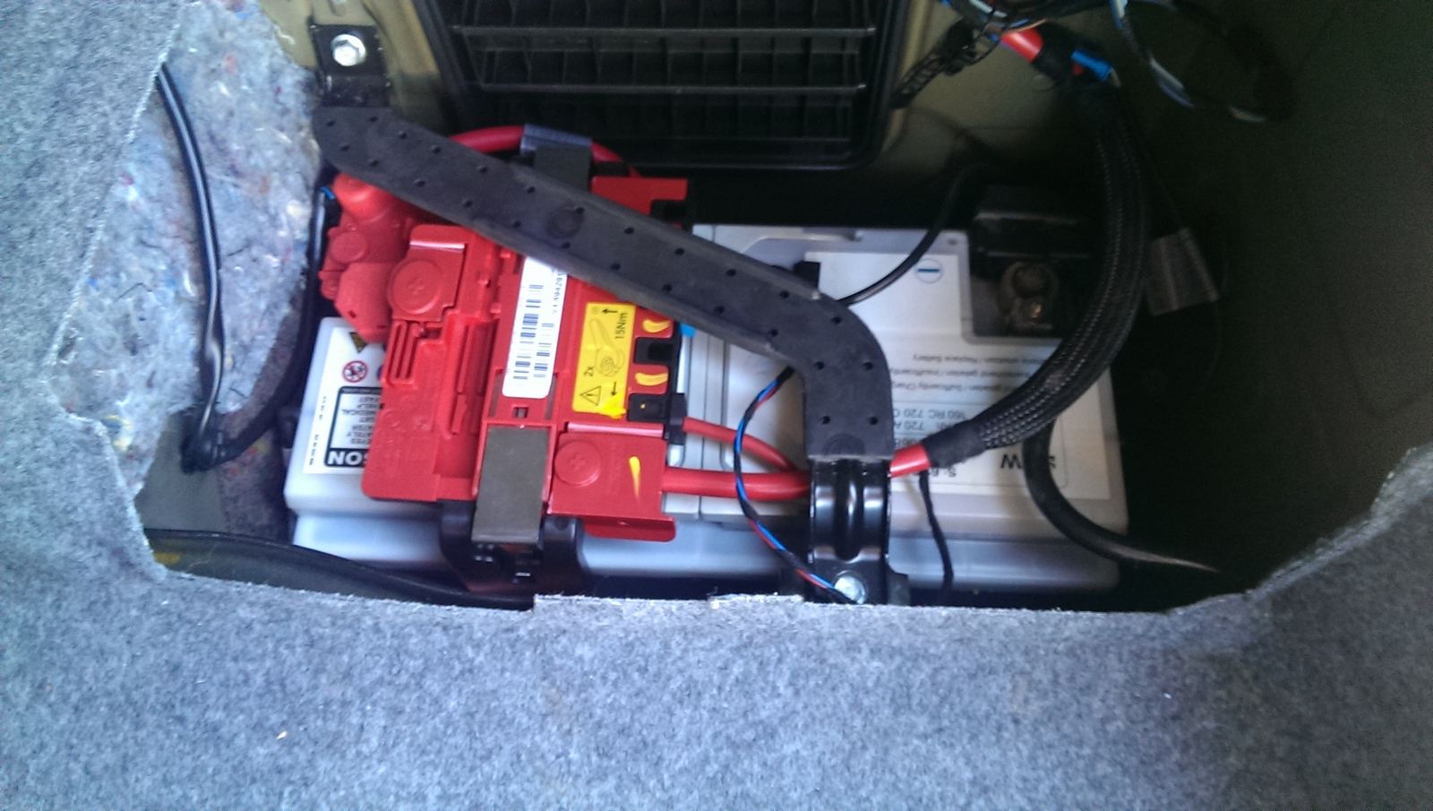 Attachment on 2007 Bmw 328i Battery Location