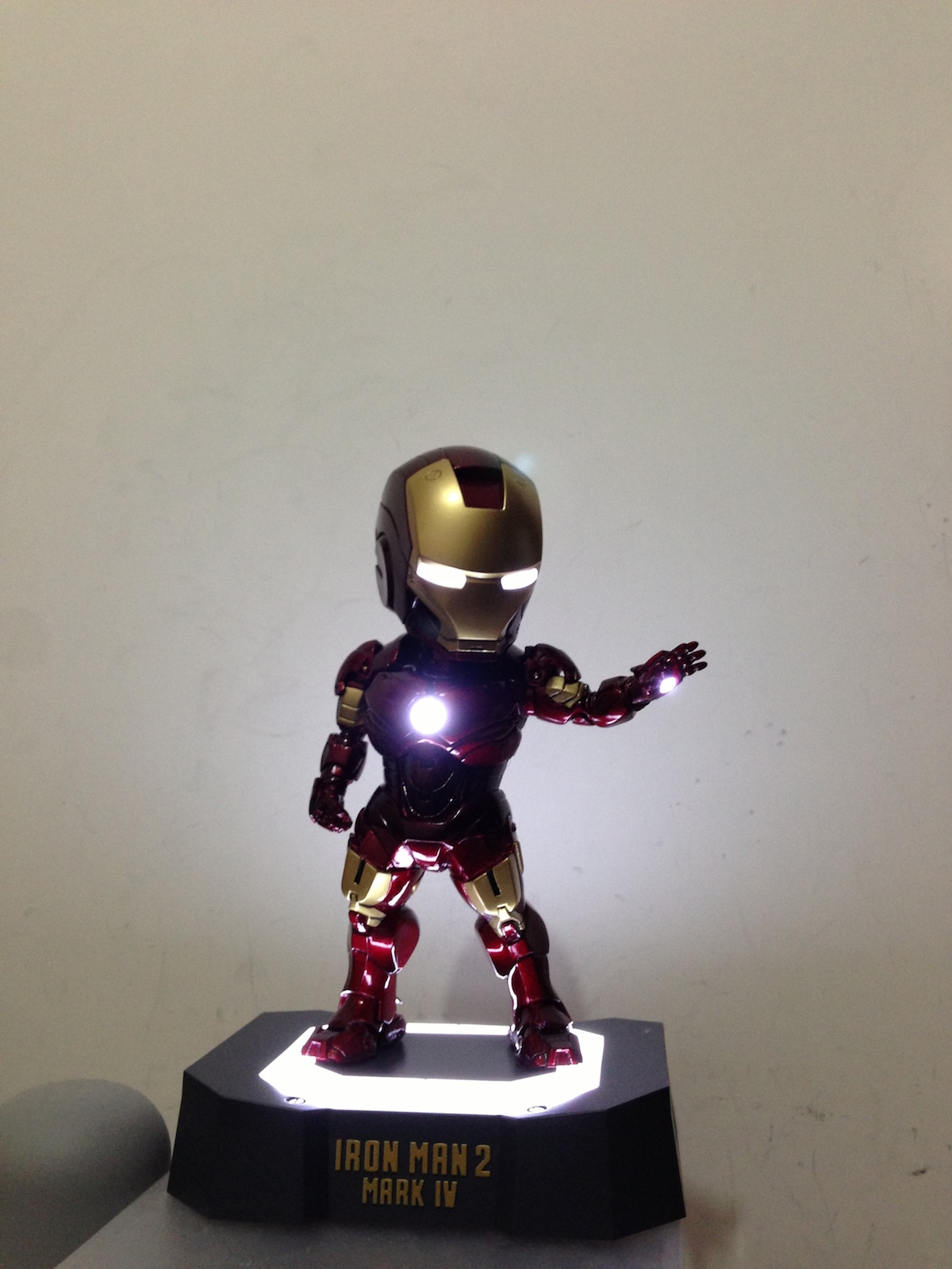 Mini iron man figure - Mini iron man ...