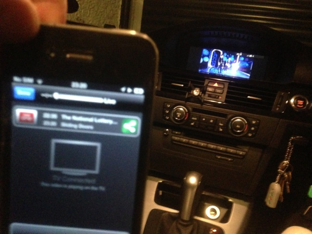 Mirror iphone / video output on CIC with combox 6NR/ 6FL