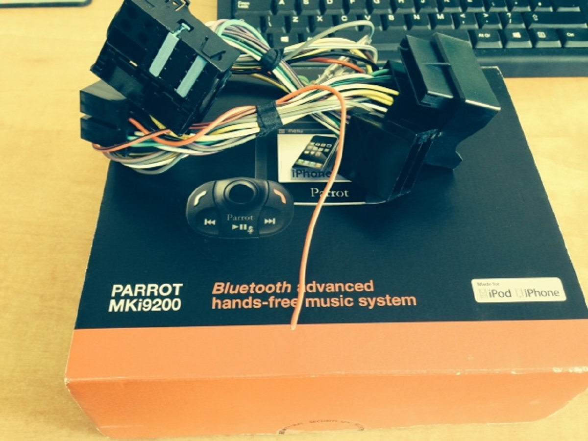 Fs New Parrot Mki9200 Car Kit Free Bmw Interface Wiring Loom Harness Attached Images