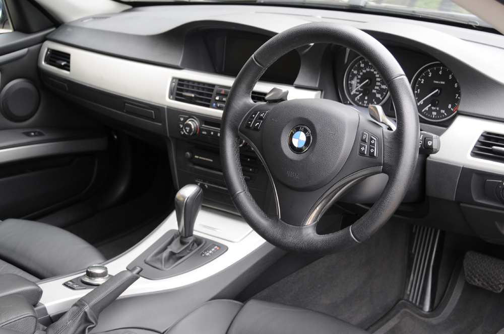 review shine on auto detailing detail on e92 335i. Black Bedroom Furniture Sets. Home Design Ideas
