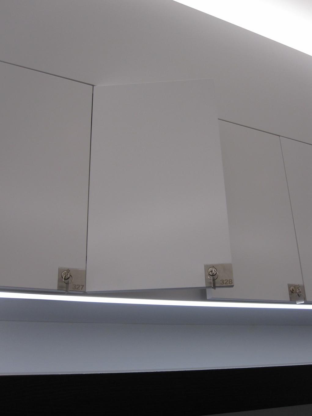 Name:  BMW Welt Inside, our #328 locker.jpg Views: 2582 Size:  47.6 KB