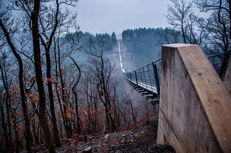 Name:  suspension bridge hängeseilbrücke geierlay  0407-Gemma-Geierlay-Germany's-Longest-Suspension-Bri.jpg Views: 3549 Size:  170.0 KB