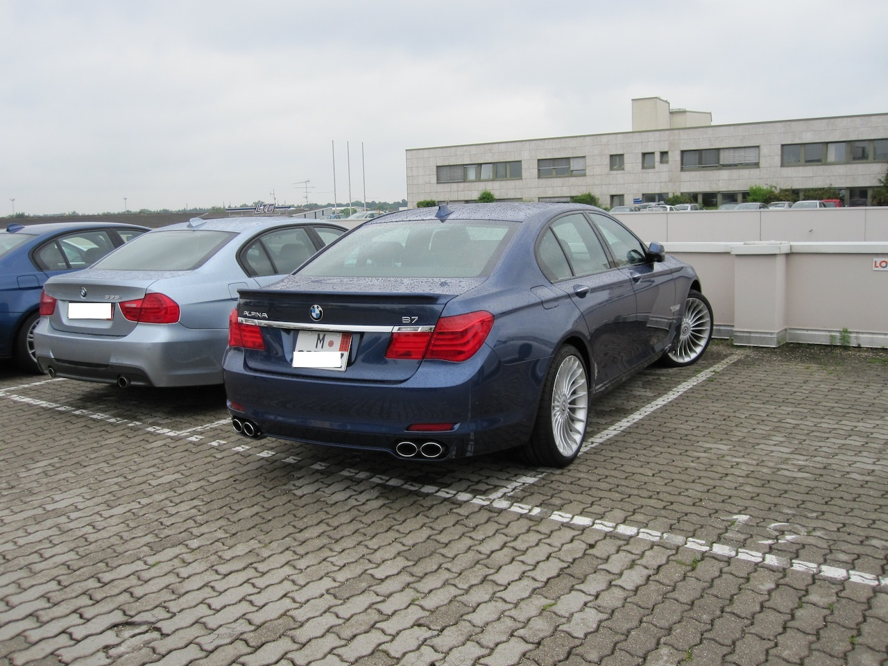 Name:  Munich Car Dropoff B7 Alpina.JPG Views: 3255 Size:  353.1 KB