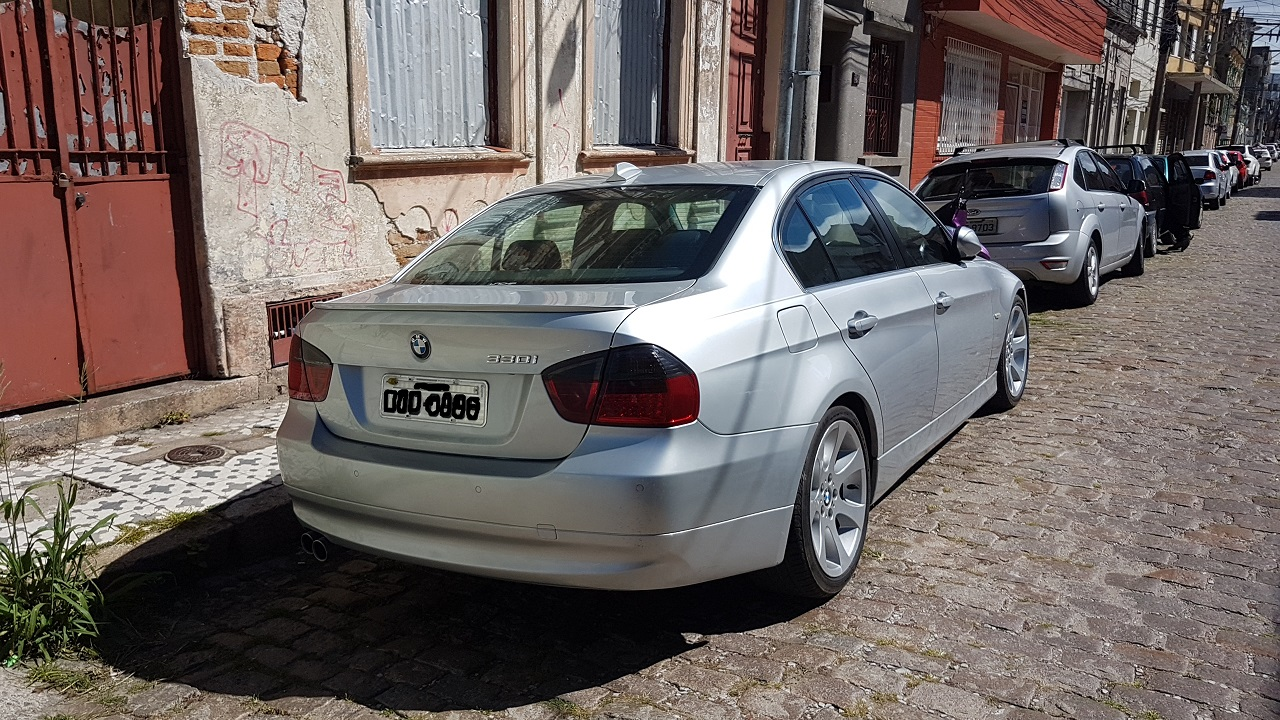 Name:  bmwtraseira.jpg