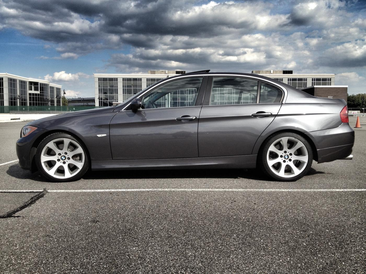 2006 BMW 330i up for sale....