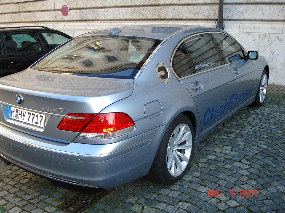 Name:  BMW Hydrogen7.jpg Views: 1904 Size:  248.3 KB