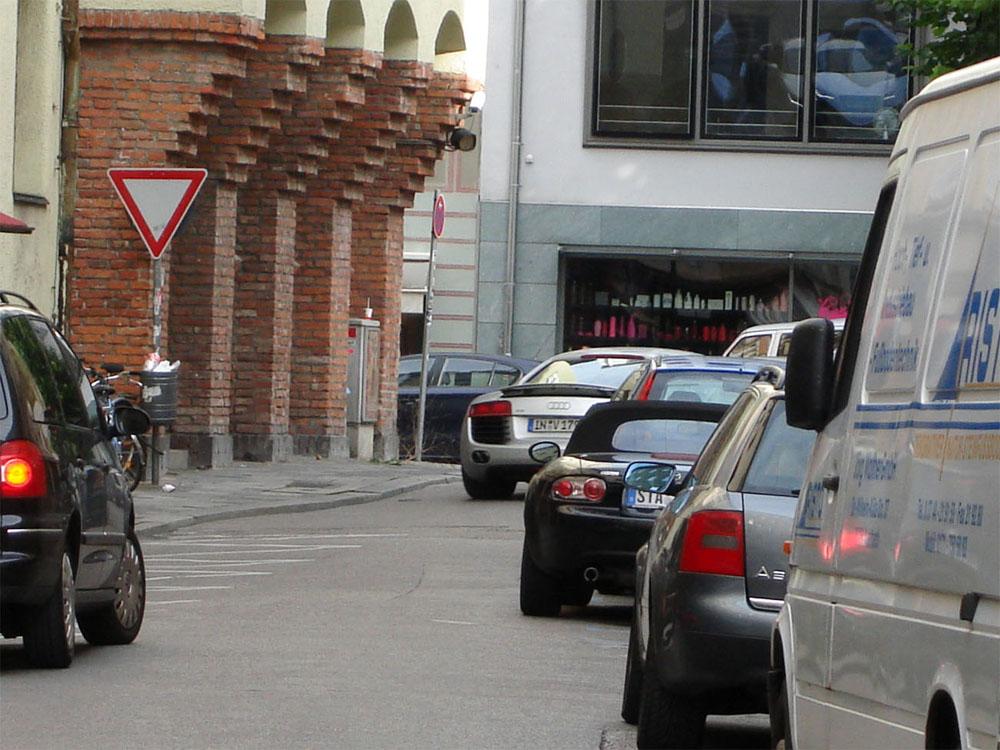 Name:  Audi R8.jpg Views: 1911 Size:  197.0 KB