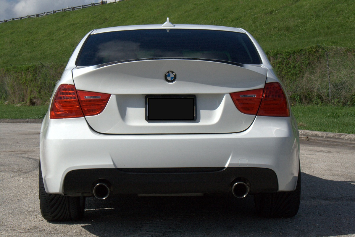 For an E90, CSL LCI Decklid or Standard LCI Lid with OEM