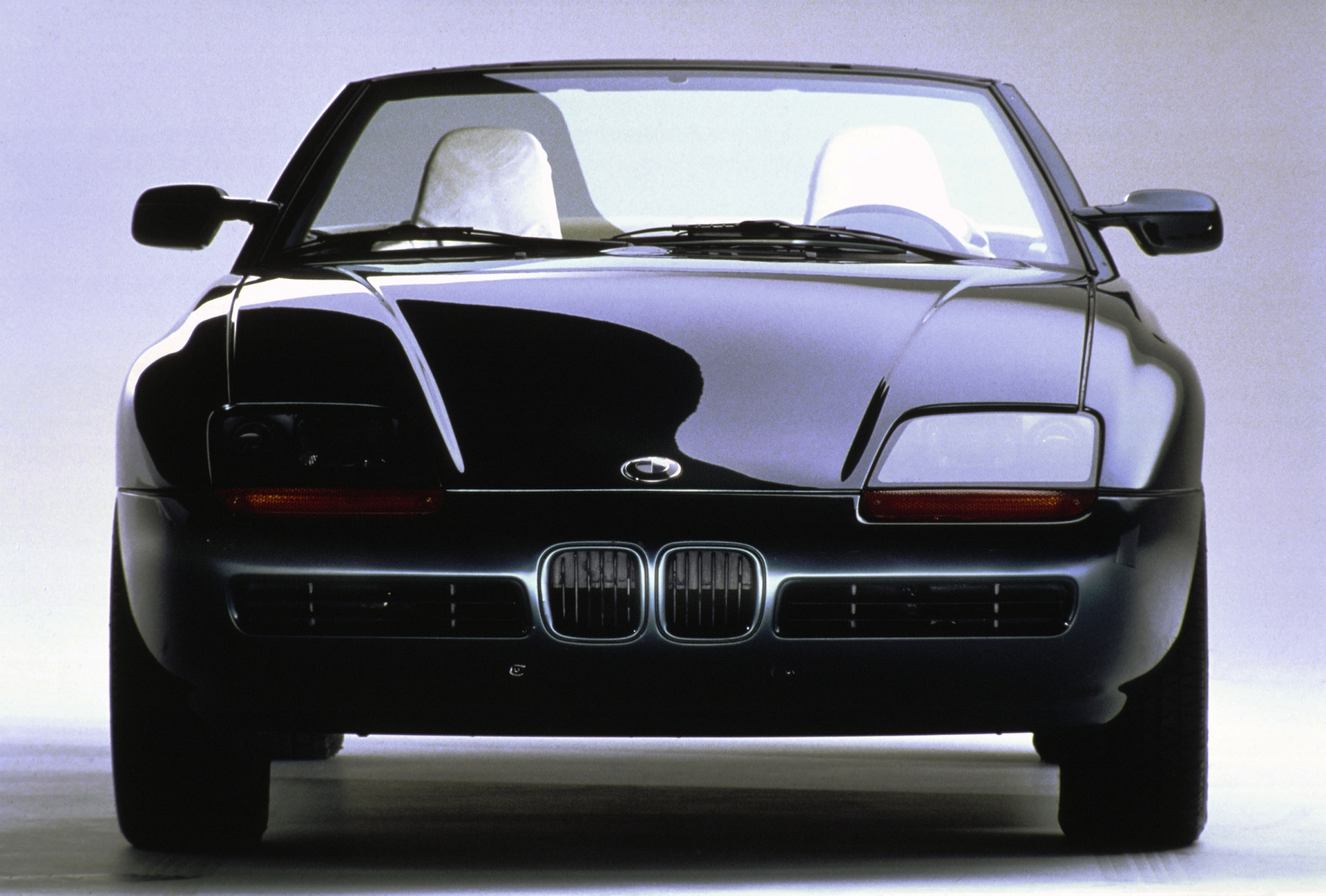 the bmw z1 turns 25 back to the future. Black Bedroom Furniture Sets. Home Design Ideas