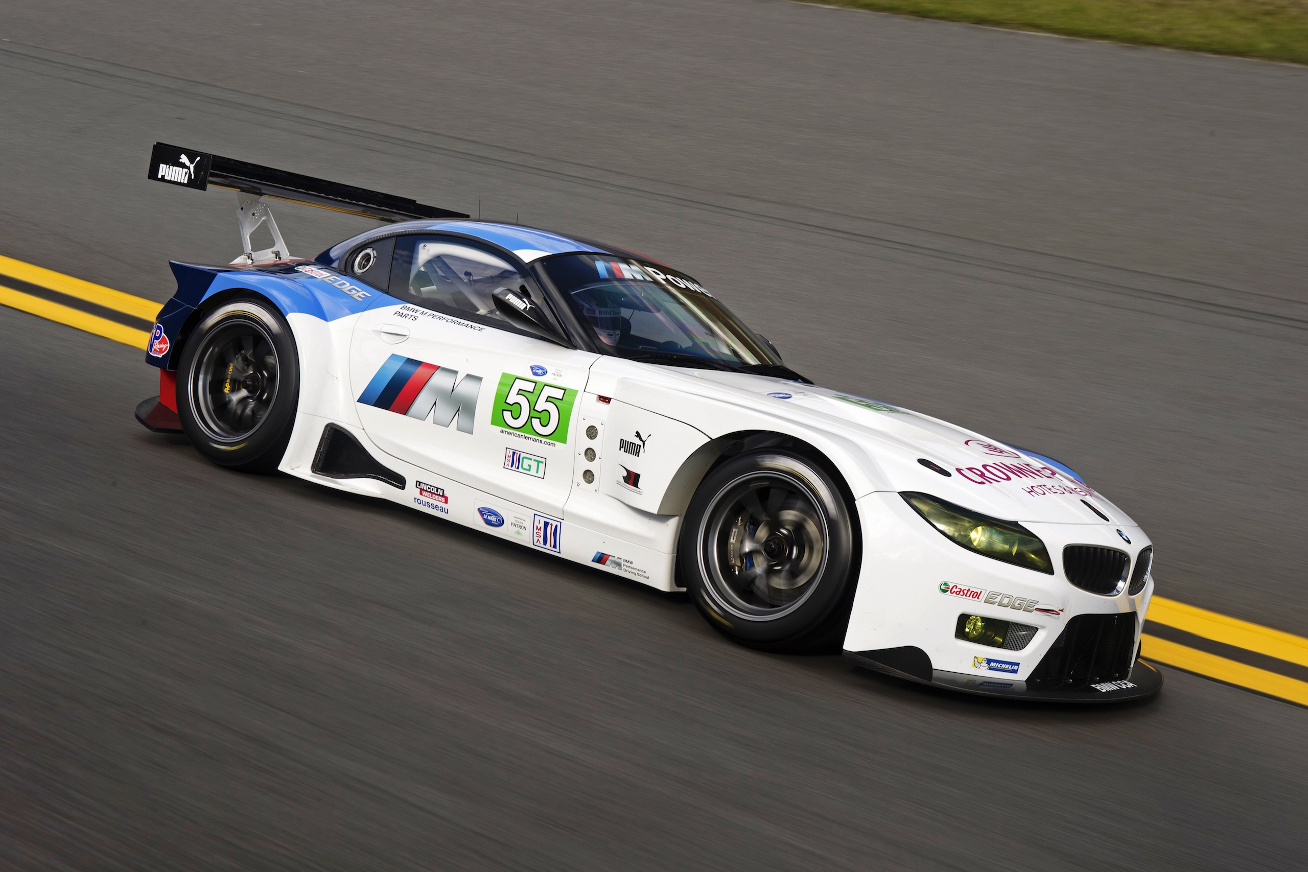 Bmw Z4 Gte Debuts Replacing M3 Gt In Alms